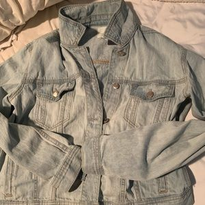 American Eagle Jean Jacket Sold Out on Site